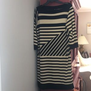 Dress- Black and Tan-size M, fits like a large